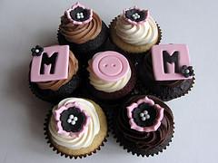mother'sdaycupcakes