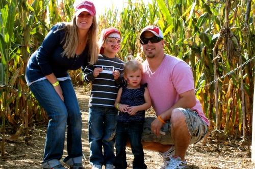 Skinny Bones Pumpkin Patch   Family Fun in Omaha