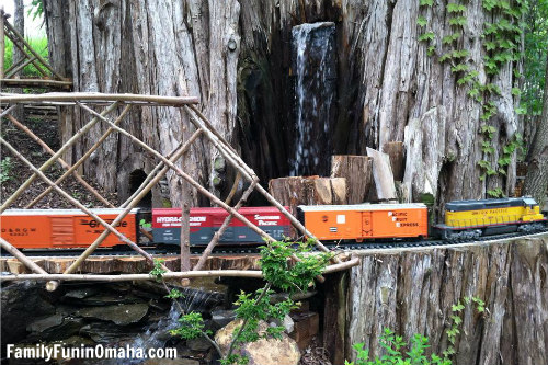 Lauritzen Gardens Train | Family Fun in Omaha