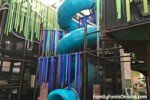A large slide at the Lincoln Children\'s Zoo.