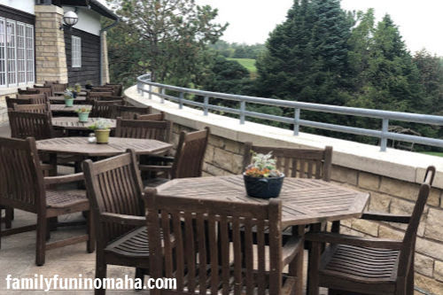 A large outdoor seating area at Arbor Day Farm.